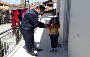 Battalgazi Belediyesi Zabıta Ekiplerinden Minik Fatma Ecrin'e Doğum Günü Sürprizi