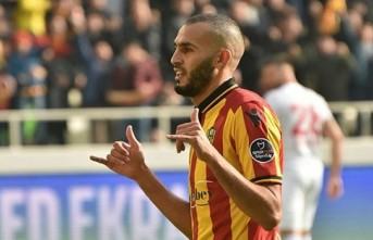 Boutaib, haber gönderdi: Geri dönüyor