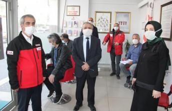 Gazetecilerden Kan Bağışı