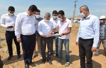 Özal Mahallesinde  yol yenileme ve genişletme çalışmaları