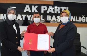 Özlem Pelitoğlu AK Parti Kadın Kollarında  Bayrağı Devraldı