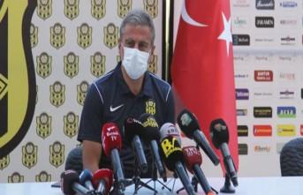Hamzaoğlu,'Yeni Malatyaspor'u hak ettiği yerlere taşımak istiyoruz'