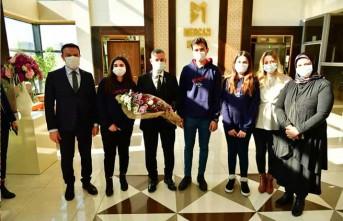 Başkan Çınar, 'Ülkemizin Yenilikçi Beyinlere İhtiyacı Var'