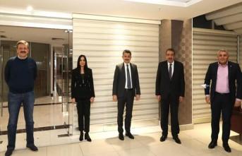 Başkan Sadıkoğlu, Tarım Bakanı ile bir araya geldi