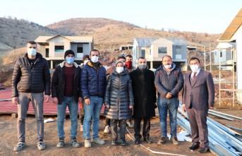 AK Partili Çalık: Pütürge'yi yeniden inşa ediyoruz