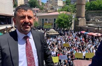 CHP'li heyet Bitlis'te halka seslendi