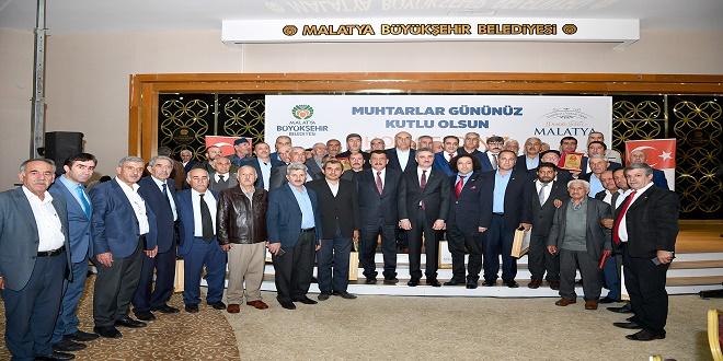 Başkan Gürkan, 'Demokrasi Nehirse, Muhtarlar O Kaynakları Besleyen Kişilerdir'
