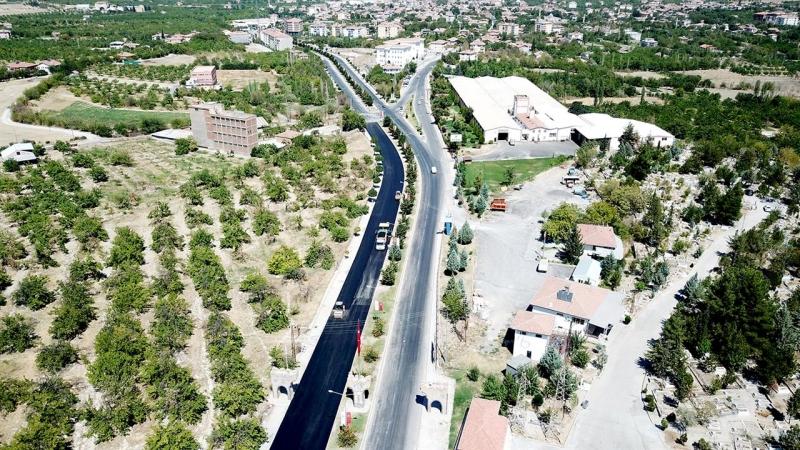 Büyükşehir'den Eski Malatya bölgesine asfalt