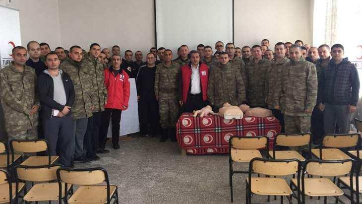 Kızılay'dan Askerlere İlk Yardım Eğitimi