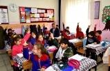 Vali Baruş, Battalgazi İmam Hatip Ortaokulu ve Selçuk İlkokulunu Ziyaret Etti