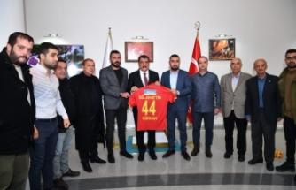 Başkan Gürkan'a Taraftarlar Derneğinden Ziyaret