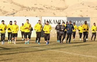 Y.Malatyaspor'da Başakşehir Hazırlıkları Sürüyor