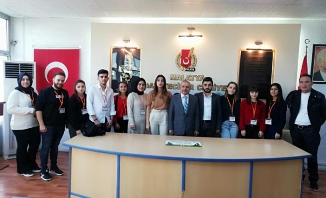 Genç Bağış Elçileri'den Malatya Gazeteciler cemiyetini ziyaret