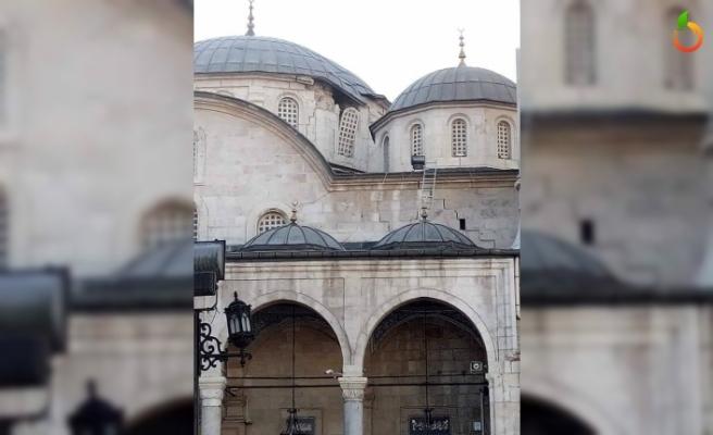 Yeni Cami ve Ulu Cami Depremden Zarar Gördü