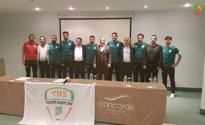 Yeşilyurt Belediyespor'dan Toplu İmza