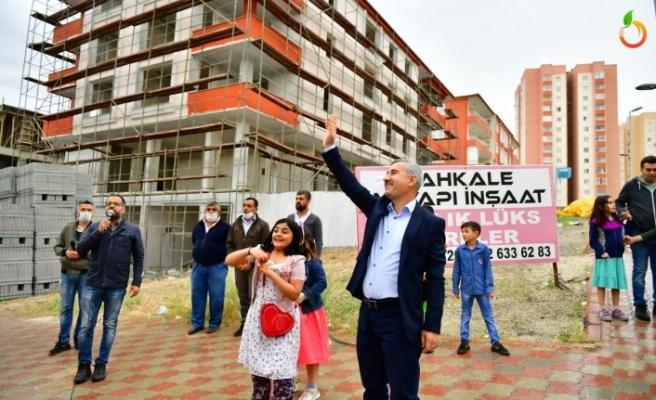 Yeşilyurt Belediyesi Bayram Coşkusunu Sokaklara Taşıdı