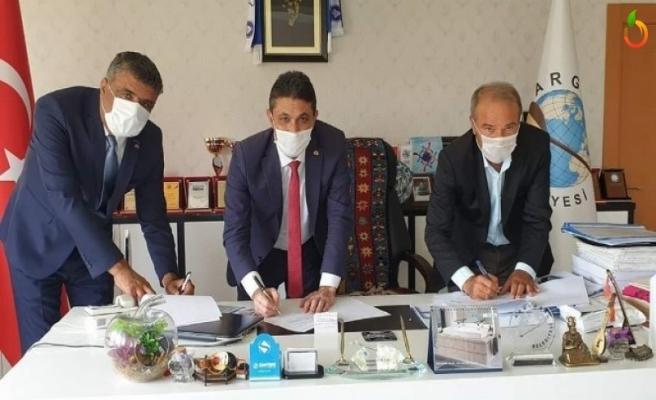 Arguvan Belediyesinde toplu iş sözleşmesi imzalandı