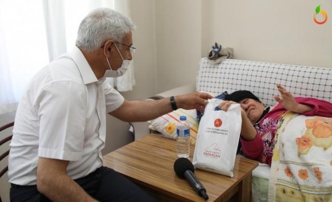 Başkan Güder, Cumhurbaşkanı Erdoğan'ın Emanetini Teslim Etti