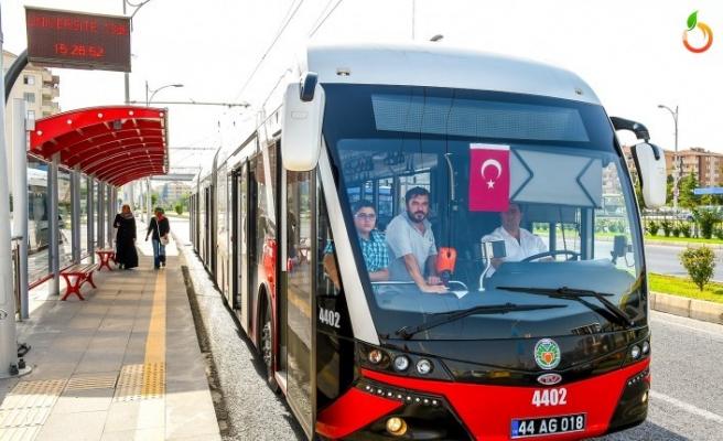 Yks'ye Girecek Öğrencilere Büyükşehir'den Ulaşım Ücretsiz