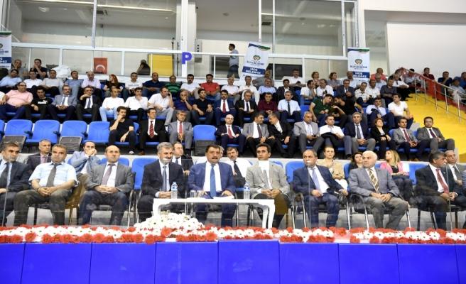 Başkan Gürkan, belediye personeli ile toplantı düzenledi