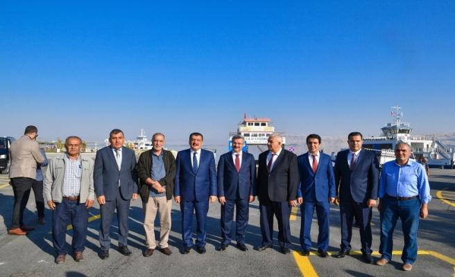 Başkan Gürkan Feribot Yolunda incelemede bulundu