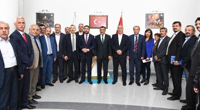 CHP Heyeti Başkan Gürkan'ı Ziyaret Etti