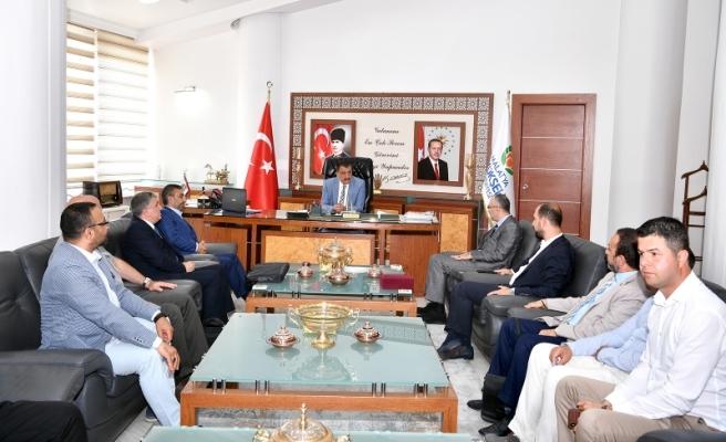 Gürkan,  Malatya Kızılay Yönetimini Kabul Etti