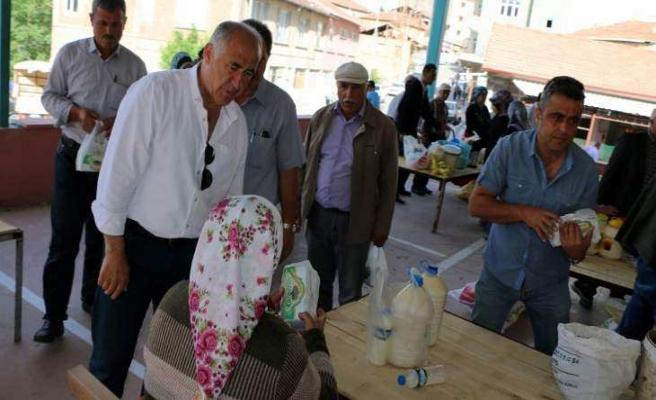 Hekimhan Belediyesi Kandil Simidi Dağıttı