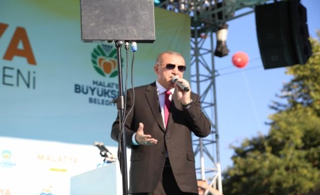 Malatya Cumhurbaşkanı Erdoğan'ı Bağrına Bastı