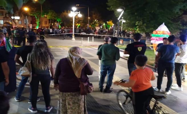 Hürriyet Parkında Genç Kadına Kurşun Yağdırdı!