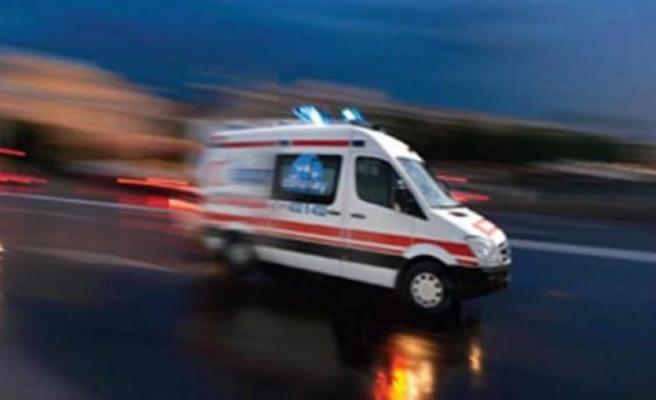 Motosikletle Tarlaya Uçtular: 2'si Ağır 3 Yaralı
