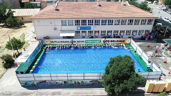 Portatif Havuzlarda Yüzme Eğitimi