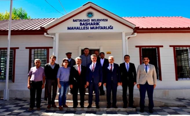 Vali Aydın Baruş Ataköy-Paşaköşkü-Başharık Mahallerini Ziyaret Etti
