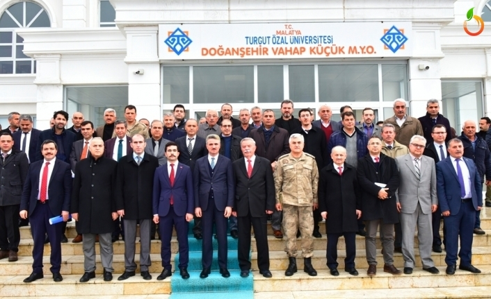 Vali Baruş Doğanşehir'de