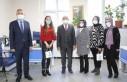 Başkan Güder, Kadınlar Günü'nü Karanfil...
