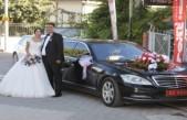 Vali Baruş Makam Aracını Gazimizin Düğünü İçin 'Gelin Arabası' Yaptı