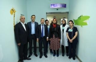 Başkan Çınar, Lösemili Çocukları Ziyaret Etti