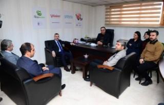Başkan Çınar'dan Vuslat TV'nin Yeni Yönetimine...