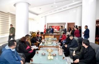 Başkan Gürkan'a Sanat Merkezinde görevli kurs...