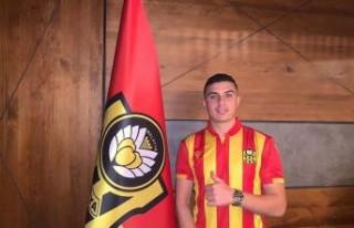 Yeni Malatyaspor 'da Son Gün Transferleri İmzayı...