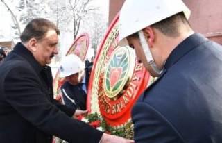 Atatürk'ün Malatya'ya Gelişi Nedeniyle Çelenk...