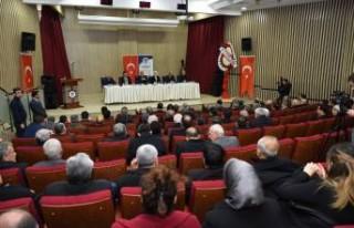 Başkan Güder, muhtarlarla deprem istişare toplantısı...