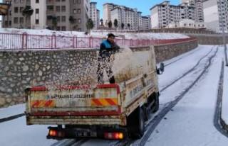 Battalgazi Belediyesi'nden Karla Mücadele Çalışmaları