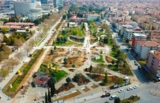 Sümer Parkta Yenileme Ve Çevre Düzenlemesi Yapılıyor