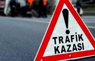 Malatya'da Kaza! Otomobil Refüje Çarparak Durabildi