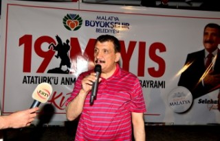 Başkan Gürkan Gençlerle Birlikte Bisiklet Sürdü
