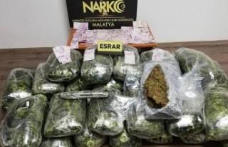 Malatya'da 110 kilogram esrar ele geçirdi