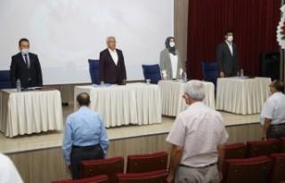 Başkan Güder, meclis üyelerine dönüşüm hakkında...