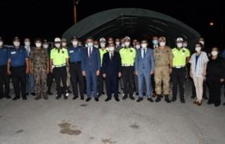 Emniyet Genel Müdürü Aktaş Trafik Kontrol Noktasını...