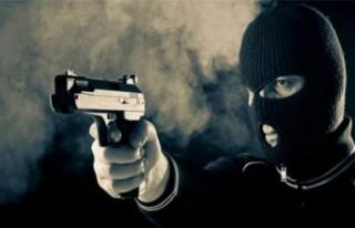 Malatya'da Çay Ocağında Oturanlara Silahlı...